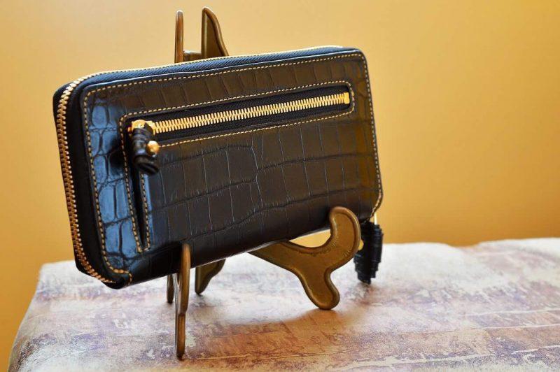f9cfa97f4c0b クロコダイルレザーで財布をフルオーダーしたいけどどんな風に頼んだらよいのか迷いませんか?