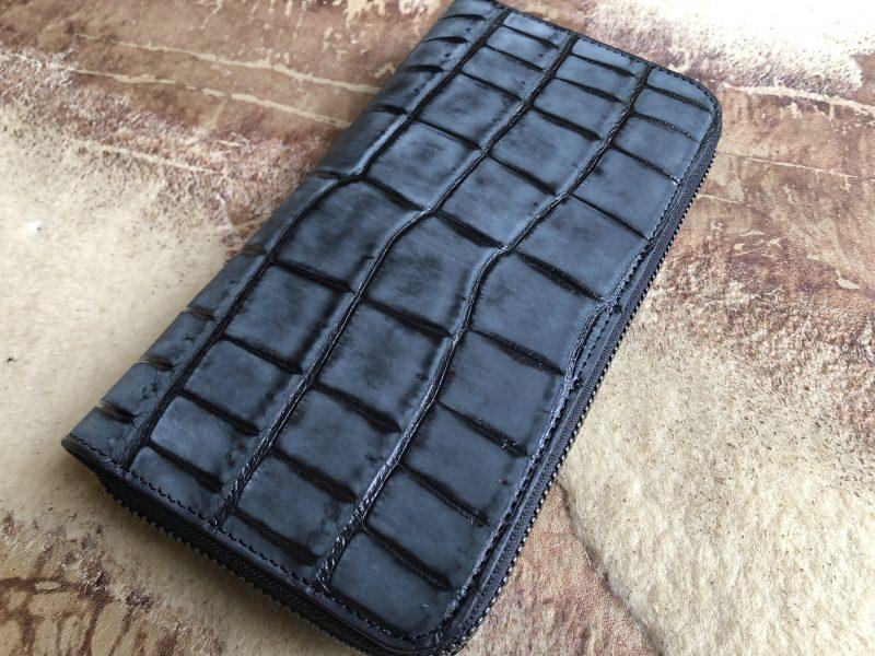 グリーンラメマットクロコのラウンドファスナー長財布